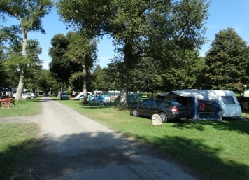 LE-CAMPING
